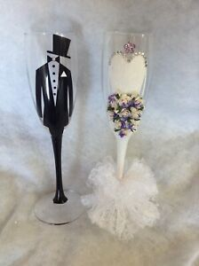 Gorgeous Bride And Groom Champagne Flutes/ Wedding Gift Idea