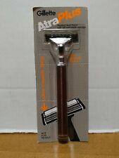 VTG Gillette Atra Plus Safety Razor Twin Cartridge Brown Handle USA NOS 1985