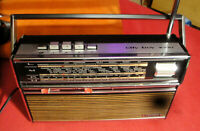 Grundig City Boy 1000 Koffer-Radio Bester Vintage Qualität Super-Sound! TOP