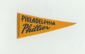 "1930's Red Ball Gum Philadelphia Phillies 5.5"" Mini Pennant Baseball B9373"