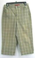Gloria Vanderbilt Women's Size 10 Plaid Capri Pants Green