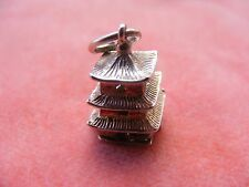 VINTAGE STERLING SILVER CHARM PAGODA OPENS TO AN ASIAN MAN
