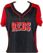 Cincinnti Reds Womens Tee Shirt Size Large MLB Majestic Fan Fashion Cool Base