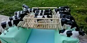 lot vache couchée BRITAINS TRACTEUR 1/32 AGRICOLE FERME SIKU ---> 2 non britains