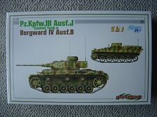 Cyberhobby 1/35 PzKpfw.III ausf.J and Borgward IV ausf.B (2in1 Smart kit)