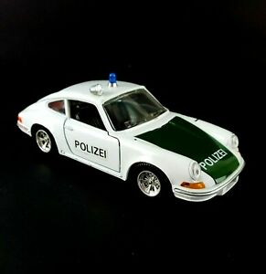 Vintage Burago Porsche 911 Polizei 1:24 Scale Police Toy Car Made in Italy