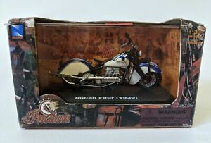 2005 New Ray 1:32 Scale 1939 INDIAN FOUR Toy Motorcycle in Display Case, NEW!