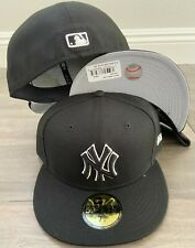 New Era Cap 59FIFTY NEW YORK YANKEES BLACK BLACK WHITE Hat Fitted 5950 MLB NY