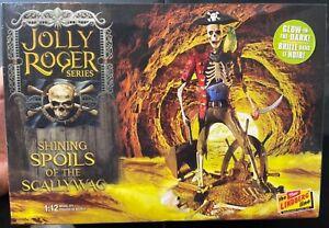 Lindberg Shining Spoils of the Scallywag Jolly Roger 1/12 FS NEW Model Kit