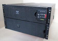 APC Smart UPS 8000 USV mit Batteriefächer und neuen Batterien SURT8000XLI