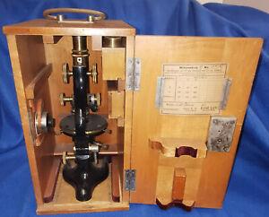 Ernst Leitz Wetzlar Mikroskop mit Holzkoffer von 1922 Messing mit Schlüssel