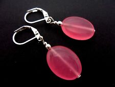 A PAIR OF PINK JADE OVAL DANGLY LEVERBACK HOOK EARRINGS. NEW.
