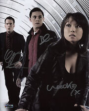 Torchwood Autograph 8x10 Photo Mori/Toshiko Gorman/Owen Lloyd/Ianto (EBAU-1328)