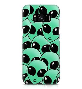 Green Alien Family Pattern Extraterrestrial Supernatural Phone Case Cover