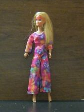 POSABLE ROCK FLOWER HEATHER WITH SUNGLASSES LARGE HEAD VERSION  DOLL 9-10-10