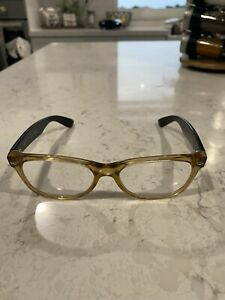 Ray-Ban RB 2132 55mm 18 Wayfarer sunglasses in honey and black