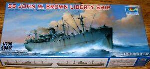 "Trumpeter 05756 : US-Liberty-Frachter ""SS JOHN W. BROWN""  - Kit 1:700"