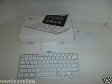 Apple iPad Tablet Aluminum White Keyboard Built-in Dock A1359 MC533LL/A