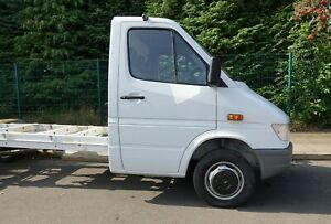 Mercedes Sprinter 412 chassis cab van - only 4500 miles! plated at 3500kg - Auto