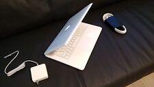 """Apple MacBook White 13"""" a1342. 250GB HDD  2.26 GHz 4GB Ram WebCam, LATEST MAC OS"""