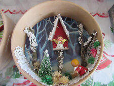 Vintage Christmas~ANGEL AND CAROLER~Shadowbox Diorama Wood Wall Hanging