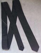 BURTON MENS SLIM NECKTIE BLACK WHITE STRIPED VINTAGE RETRO NECKTIE 1990s MOD