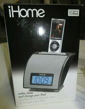 iHome for iPod Wake Sleep And Charge Your Ipod New Open Box b402