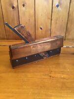 Vintage Carpenters Wooden Moulding Plane - Fillister Plane - Moving Plane