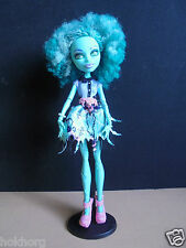 MONSTER HIGH DOLL WITH STAND : HONEY SWAMP LOOSE MONSTER