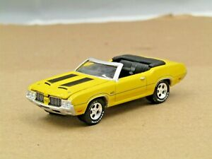 dcp/greenlight yellow 1970 Oldsmobile 442 convertible new no box 1/64.