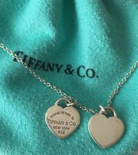 Tiffany & Co., Return To Tiffany Mini Double Heart Silver Necklace <-----