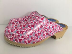Cape Clogs Striped Mules Women's Size 39 Pink Slip On Swedish Wooden Sole Shoes