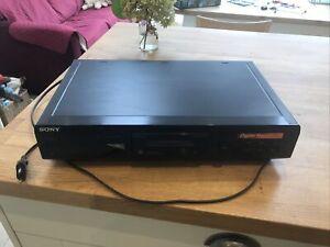 Sony MDS-JE330 Mini Disc Player