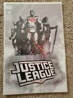 Justice League #1 Forbidden Planet Exclusive Jock Signed Variant  NM 2 books