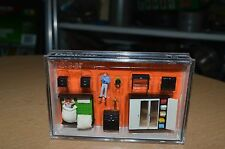 Presier HO Scale 10632 Getting Up Bedroom Furniture Couple NEW