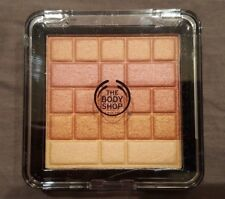 THE BODY SHOP SHIMMER WAVES- 03 CORAL-FULL SIZE 8.2g. FREE SHIPPING!