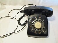 VINTAGE BELL SYSTEM BY WESYERN ELECTRIC BLACK ROTARY DIAL   DESK TOP TELEPHONE