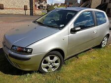 Fiat Punto MK2 ELX 1.2 16 V Année 2000 Breaking for spares