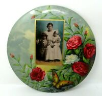 Vintage/Antique Round Metal Flower Wall Hanging with Black White Photograph 9in