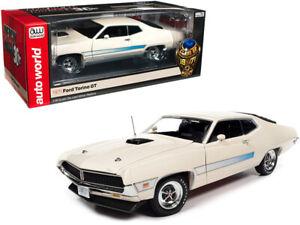 AutoWorld 1:18 1971 Ford Torino GT & Blue Stripes Diecast Model White AMM1256