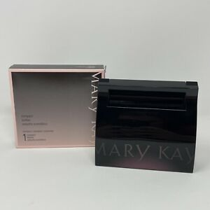 New In Box Mary Kay Empty Refillable Magnetic Mirrored Compact #017362