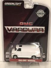 1983 GMC Vandura Custom White 1:64 Scale Greenlight 29939