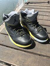 Nike Air Jordan Flight Remix noir/Vibrant Jaune Taille UK 8