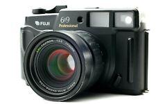 [Near MINT] Fuji GW690 III Pro 6x7 Medium Format Camera w/ 90mm F3.5 from Japan