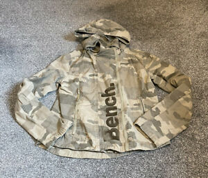 Ladies Bench Camo Jacket Size Medium Hooded