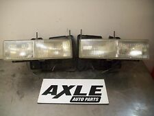1990-02 CHEVY GMC PICKUP RIGHT AND LEFT HEADLIGHT ASSEMBLY PASSENGER AND DRIVER