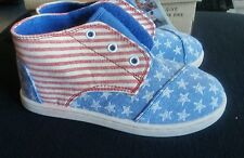 Toms Paseo Tiny Stars and Stripes Toddler Kids Size 10. New