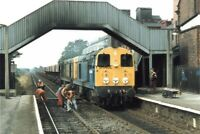PHOTO  CLASS 20 LOCO NO 20085 20??? AT BEESTON 1987