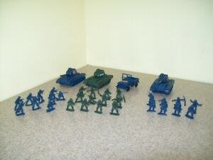 Vintage Miniature Plastic Army Tanks Jeep Soldiers (Lot of 33 Pieces)