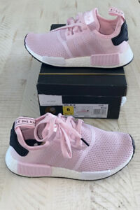 🌸Adidas NMD_R1 Women's Size 6 Shoes🌸NeW🌸